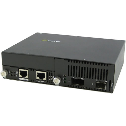 Perle 10 Gigabit Ethernet IP-Managed Stand-Alone Media Converter with One XFP Slot 05071124 SMI-10G-XTSH
